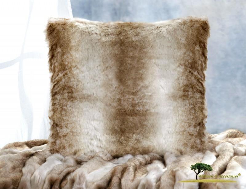 AKTION Premium Fellkissen Wolf hellbraun-beige gestreift (Webpelzkissen) in 45x45cm