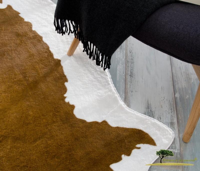 XXL Fellteppich, großer Kurzflor Teppich Kuhfell hellbraun