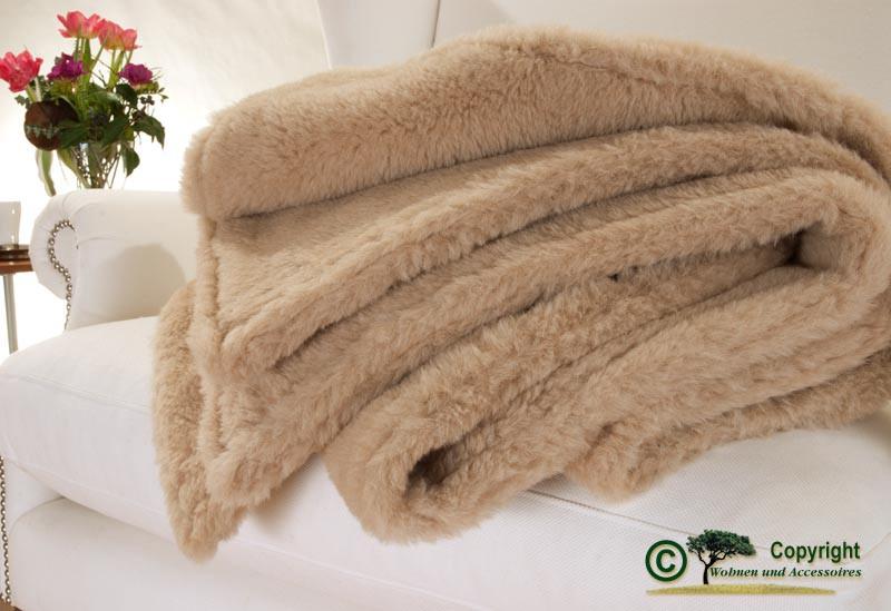Edle und sehr warme Doppel-Wolldecke aus Alpaka von Steiff-Schulte in naturbeige