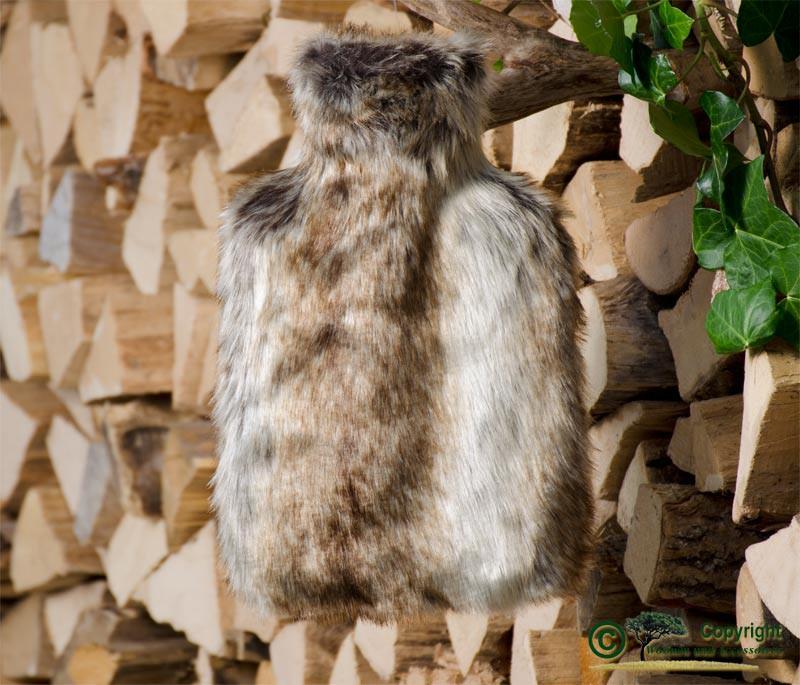 Wärmflaschenhülle aus Fell (Fellimitat) Wolf grau-braun mit Naturgummi Wärmflasche