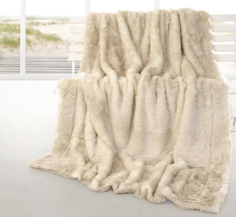 Felldecke (Fellimitatdecke) Polarwolf in Übergröße 220x240cm - Premium superfein